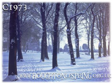 Houghton Rectory Park covered in snow in 1973