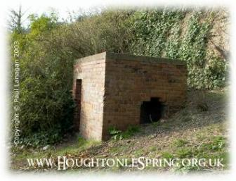 Brick built WWII air raid shelter at Houghton-le-Spring, 2003